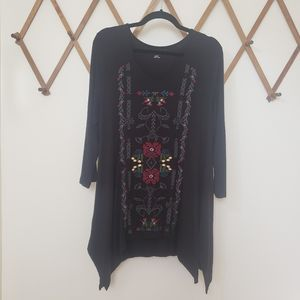 Soft Surroundings Black Embroidered V Neck Tunic L